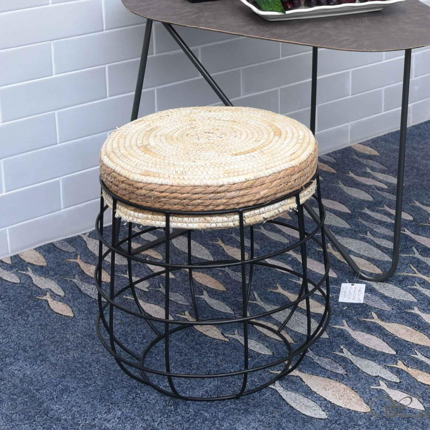 Round Cushioned Furniture Water Hyacinth Footstool Ottoman with with wire storage legs