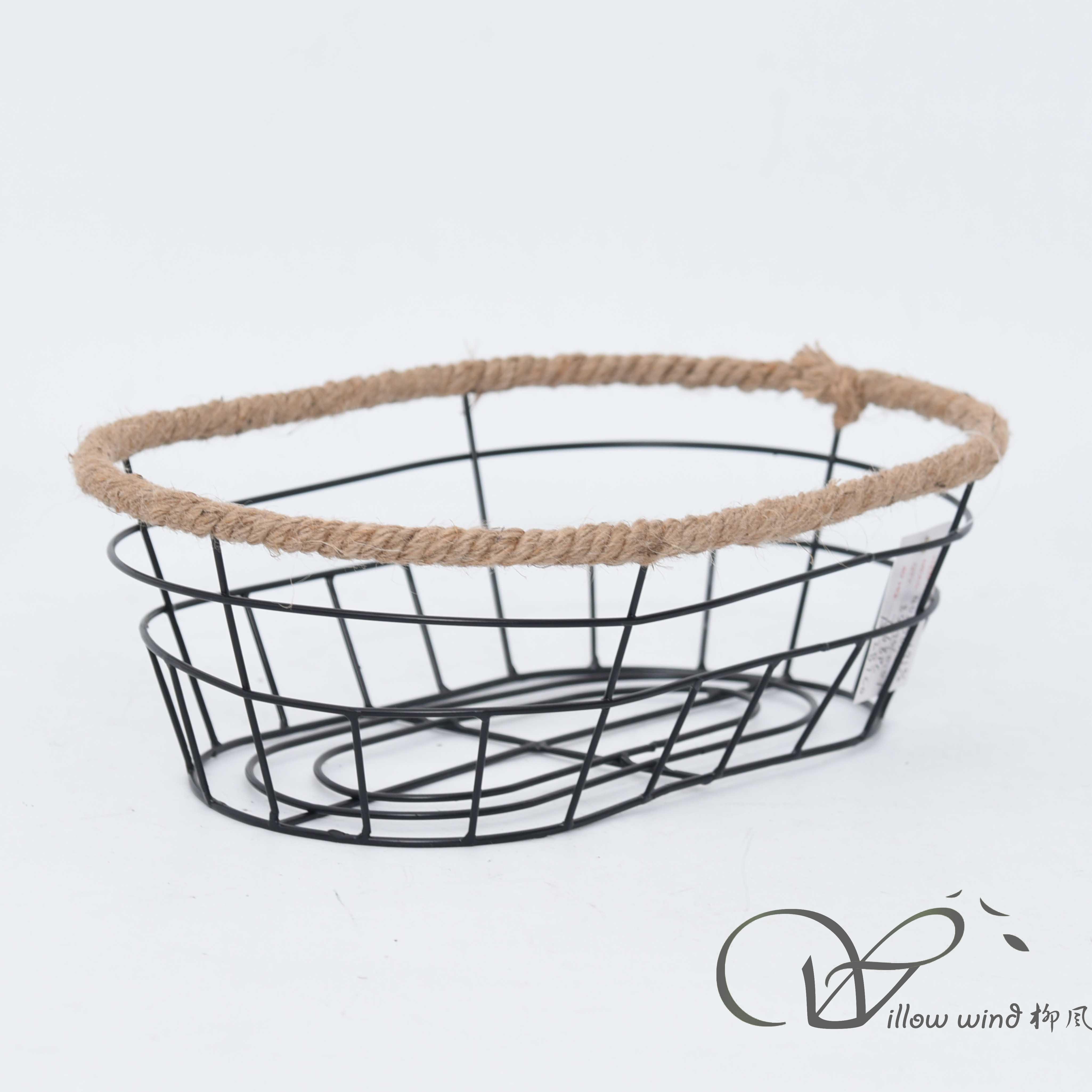oval metal basket storage basket wire basket fruit basket table basket(复制)