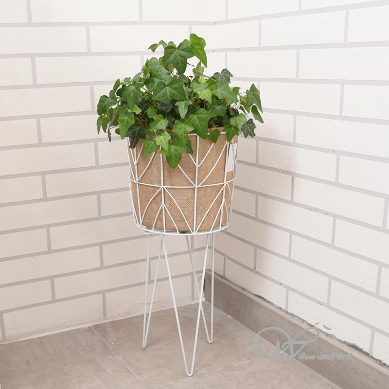 Knockdown white round wire flower shelf jute basket pot storage basket